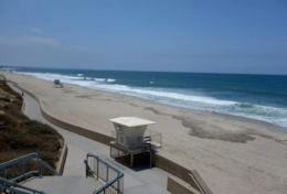 5 star! BEACHFRONT 2BD/2BA Condo Views & Parking_B