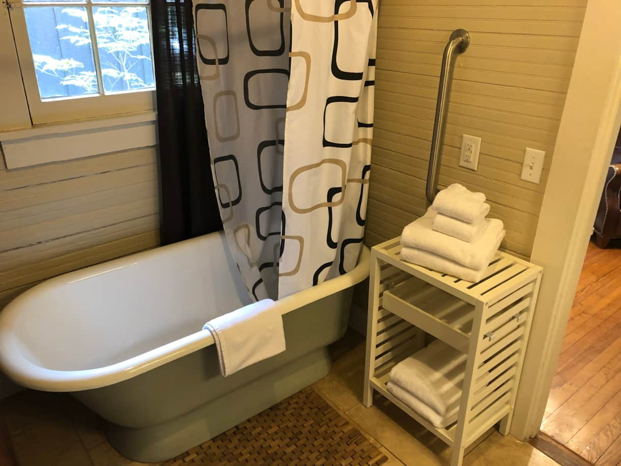 Claw foot tub/shower combo