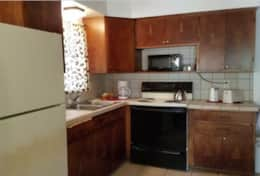 cabin 9 kitchen fully equipped