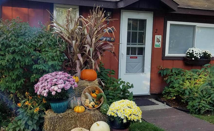 Golf Cottage with fall decor