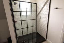 Upstairs Bathroom, Union Street - Prince Edward County