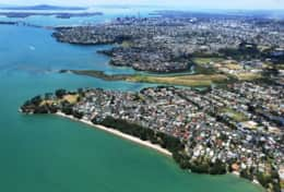 Neighbourhood and Pt Chev Beach