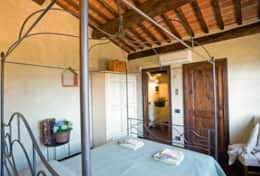 Holiday-Rentals-in-Tuscany-Florence-Villa-Tosca (2)