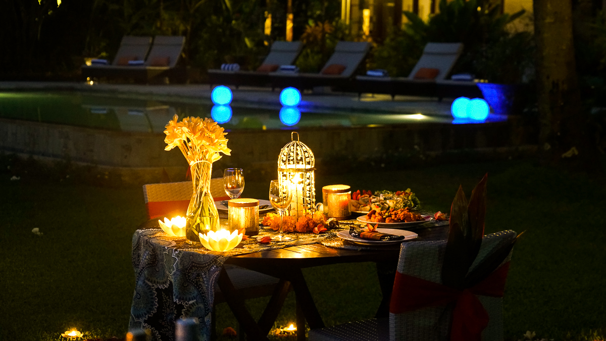 Romantic Dinners at The Mahalani