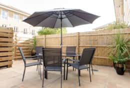 Patio garden, Camstay Townhouse, Cambridge