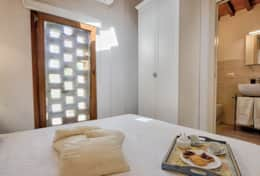 Accommodation-in-Tuscany-Pisa-Villa-Ai-Cipressi (10)
