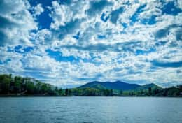 Here's Lake junaluska  with its mesmerizing views.