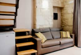 Junior S. Sofa&Stairs to Loft
