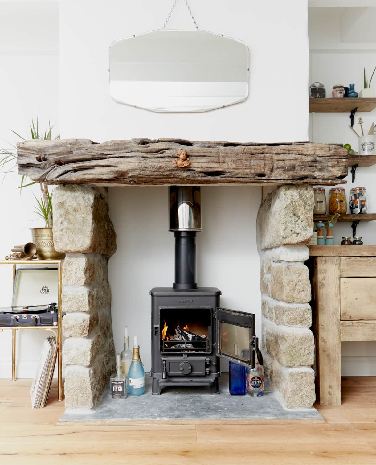 Woodburning Stove - Poachers Pocket - Boutique Luxury Holiday Cottage - Cornwall - Hellandbridge