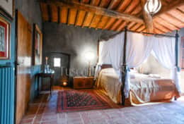 Villa Luce-Holiday-Rentals-in-Tuscany-whit-Private-pool (19)