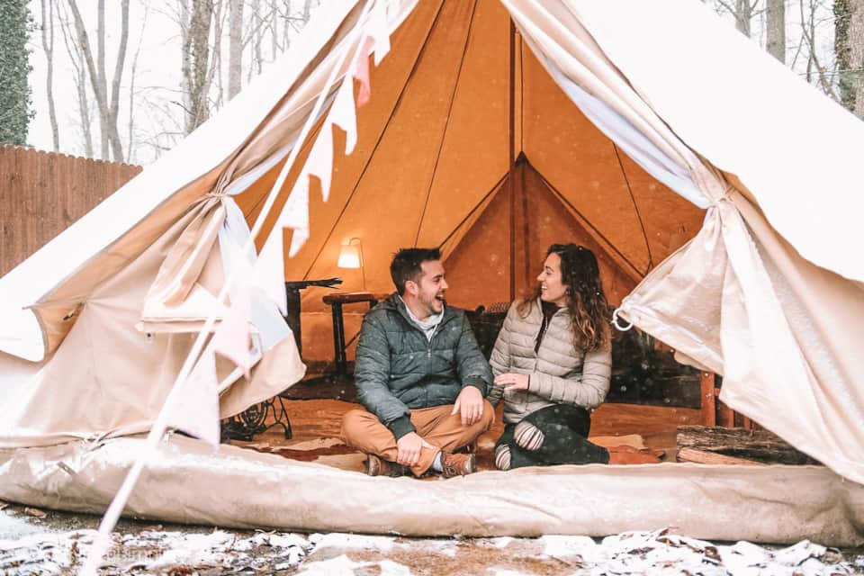Deluxe Bell tent #1- hot tub--Min Stay 2 nights - Camping in Asheville