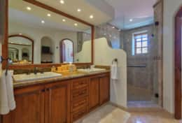 MASTER BATHROOM #1. UPSTAIRS. Beachfront Private Vacation Rentals Villa Los Cabos