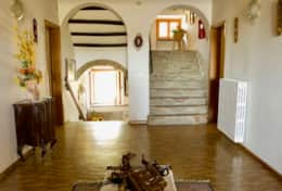 La Villa estate for holidays in Umbria, corridor upstairs