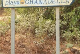 The road to Granadella beach