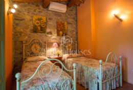 La-CascinaTuscanhouses-Vacation-Rental (39)