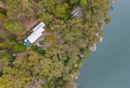 Water's edge nearby - The River House Gipsy Point - Good House Holiday Rentals