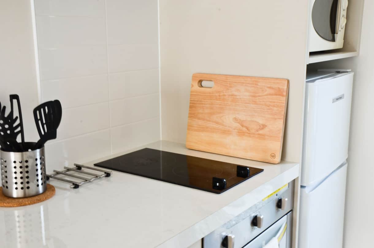 Hotplates and oven