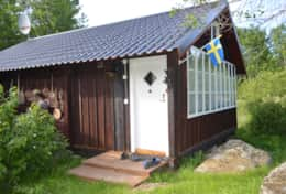 M07_Bjorn_Cottage-Entrance