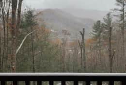 Waynesville Smokies Overlook Lodge Cabin - View Snow