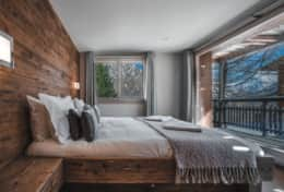 Chalet Daphne Chic Chalet Saas Fee Master Bedroom