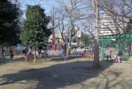 Park in front of the house | Chalet Court Mita| Tokyo Family Stays | Central Tokyo| family friendly