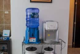 Cold, hot and room temperature water station