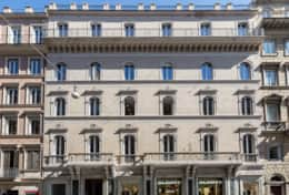 Our beautiful and elegant building in Via del Corso