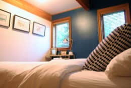 The blue Queen bedroom. La chambre bleue Queen