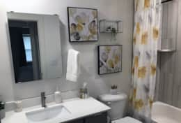 Bathroom2 3