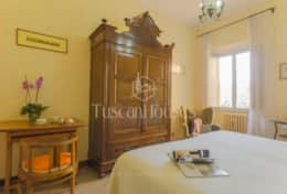VILLA DE FIORI-Tuscanhouses-Villa with pool close to Florence-Holiday rental (35)