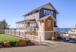 Driftwood Star is a north star of the Olivia Beach community.