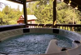 Gauley Getaway Hot Tub