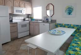 #41 Full Kitchen with New Dining Banquette