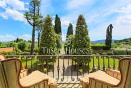 VILLA DE FIORI-Tuscanhouses-Villa with pool close to Florence-Holiday rental077