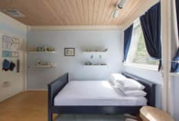 Fourth bedroom (double): Double bed