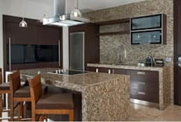 GL 2 Bdrm Suite Kitchen
