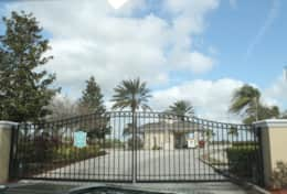 windsor palms gated entrance