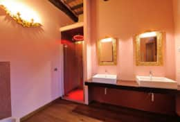 Bathroom---Villa-Fonte---Trasimeno-Lake-(3)
