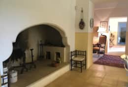 Le More - kitchen with large ancient fire place - Spongano - Salento