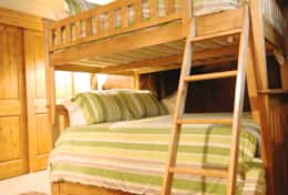 bunk room (full over full with pull out trundle)