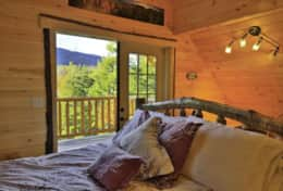 Wilminton Range Chalet has views from the bed!