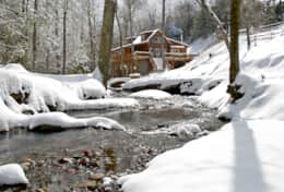Enjoy winter at Creekside log cabin