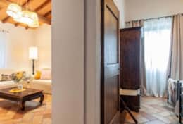 Villa La Ginestra, first floor living room and twin bedroom