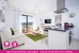 Holiday apartment in Moraira centre with community pool