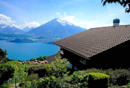 Authentic Swiss Chalet overlooking Lake Thun