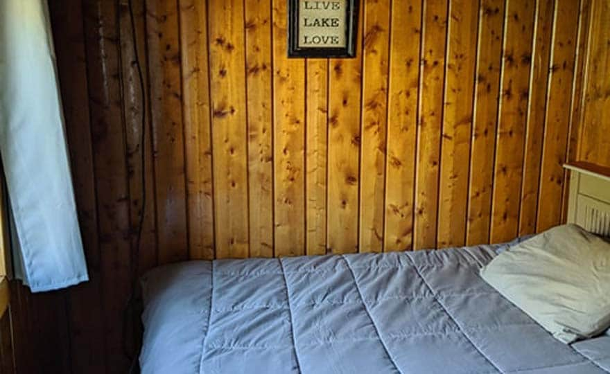 Fishing Cottage bedroom 1