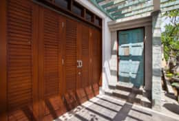 Chic Villa Rosita-Entrance Door