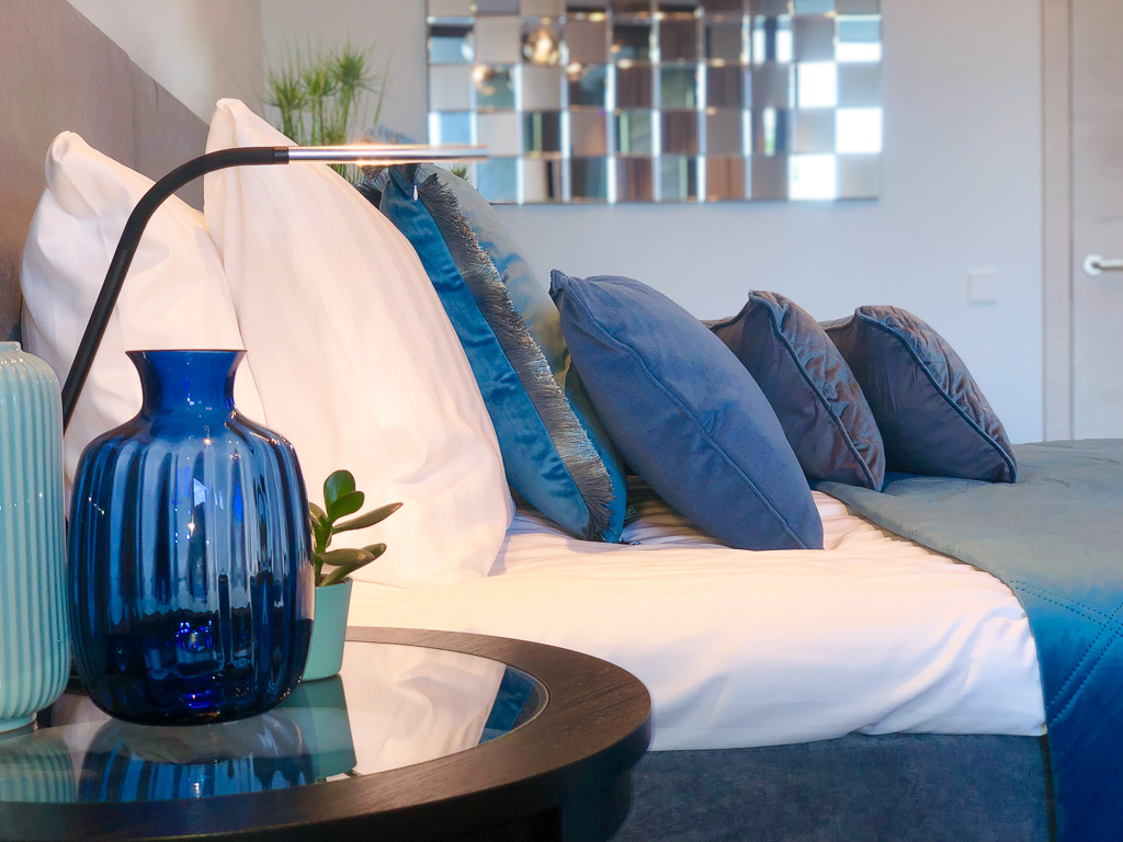 The-Klive-Riga-Blue-Planet-Suite-King-bed