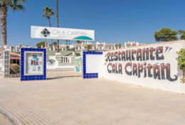 Cala Capitan Entrance