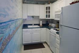 Unit #38 Kitchen with Full Size Appliances